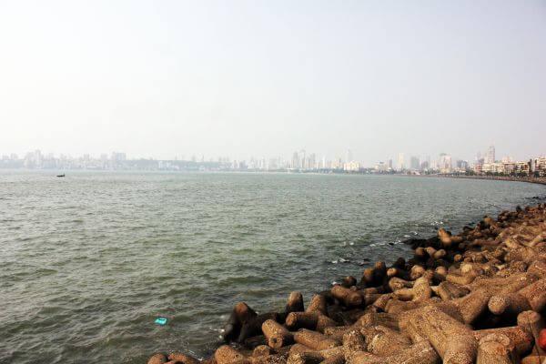 Marine Drive Sea Mumbai photo