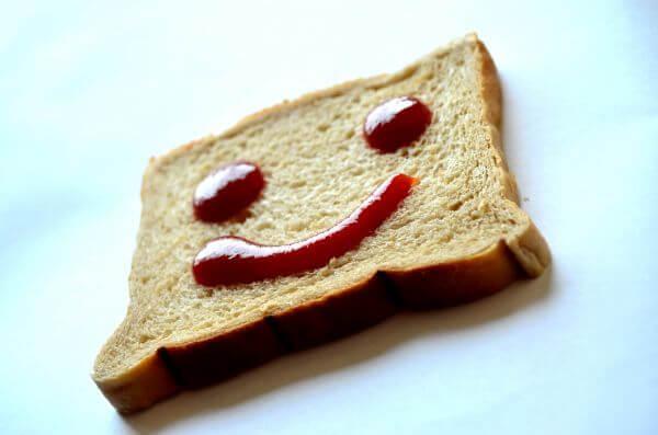 Smile Emotion Bread photo