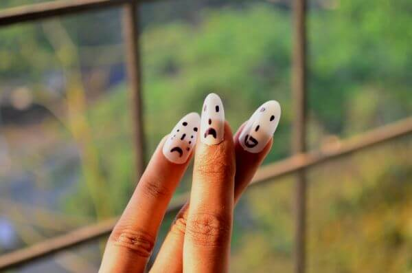 Smiley Faces Hand Nails 2 photo