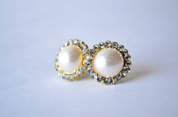 Pearl Earring 2 photo