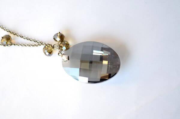 Crystal Chain 2 photo
