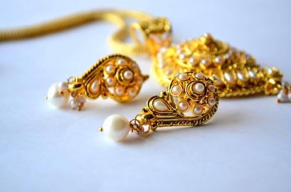 Earrings Necklace Jewelry photo