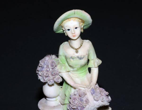 Statue Decorative photo