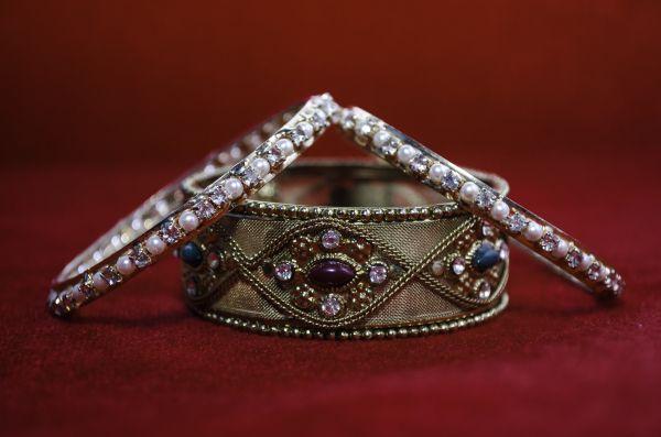 Bangles Gold Diamonds photo