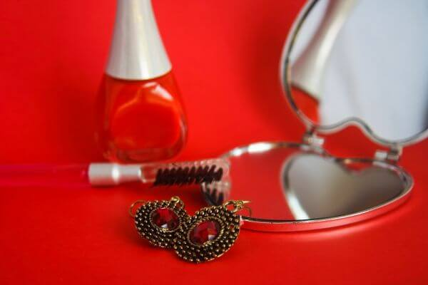 Jewelry Makeup Beauty photo