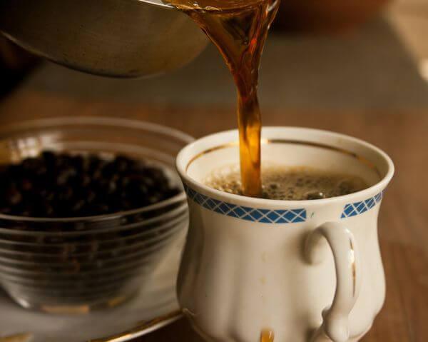 Tea Pouring photo