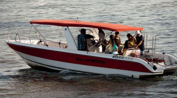Motorboat People photo