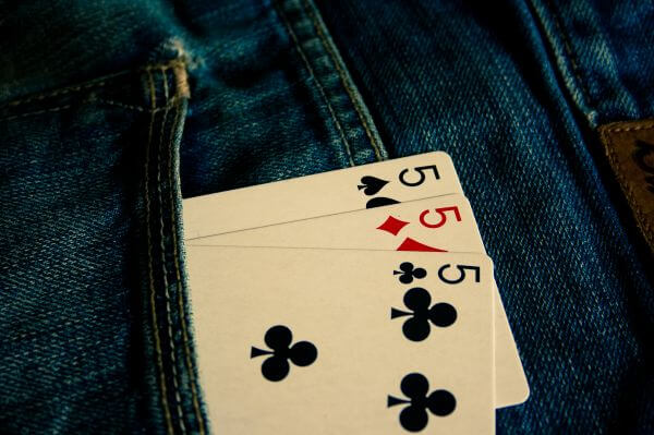 Five Card Of Differnt Suits photo
