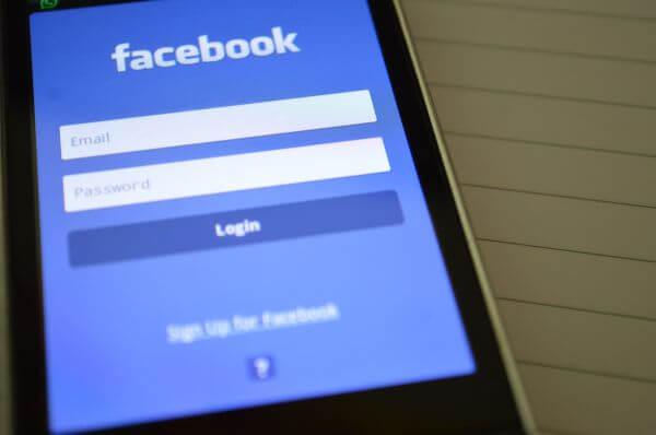 Facebook Login Phone photo