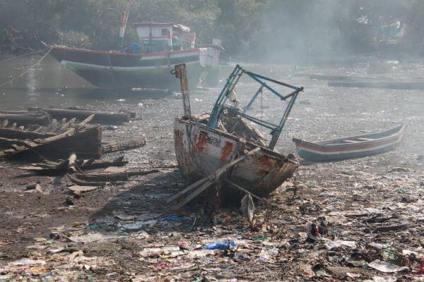 Scrapyard Boat photo
