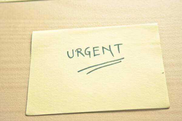 Urgent Sticky Note photo