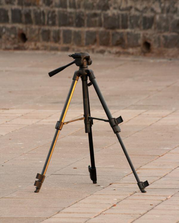 Camera Dslr Tripod photo