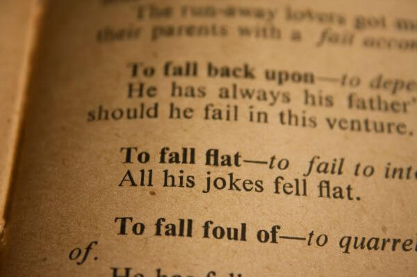 To Fall Flat Phrase photo