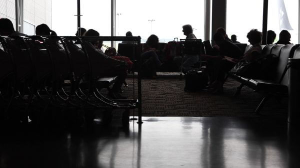 Airport  waiting  terminal video