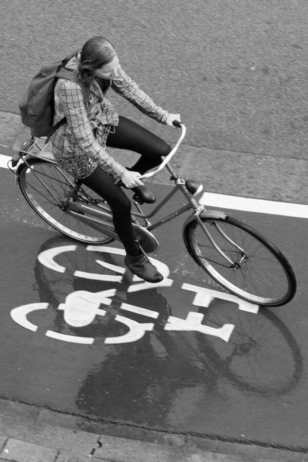 Several ways to show the bike photo