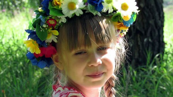 Portrait  kids  wreath video