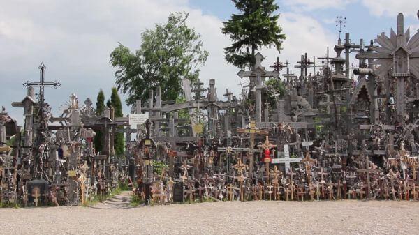 Lithuania  mountain of crosses  memorial video