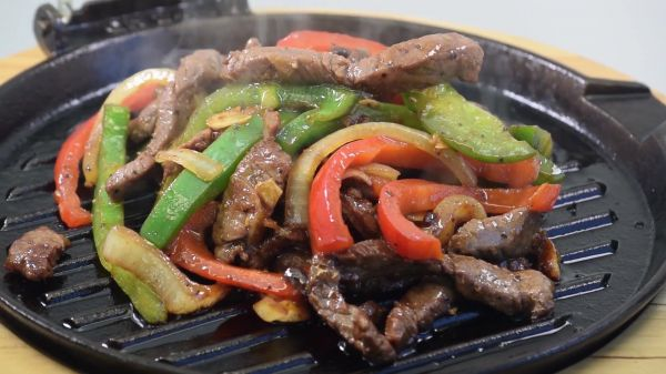 Sizzling  steak  barbecue video