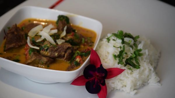 Beef  curry  thai video