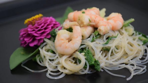 Prawn  salad  food video