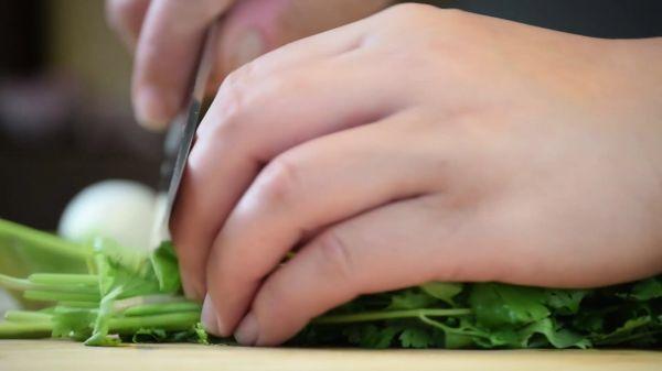 Chop  vegetables  food video