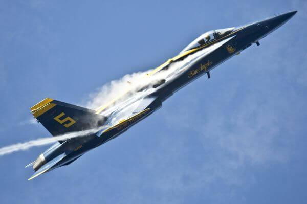 Aerobatics photo