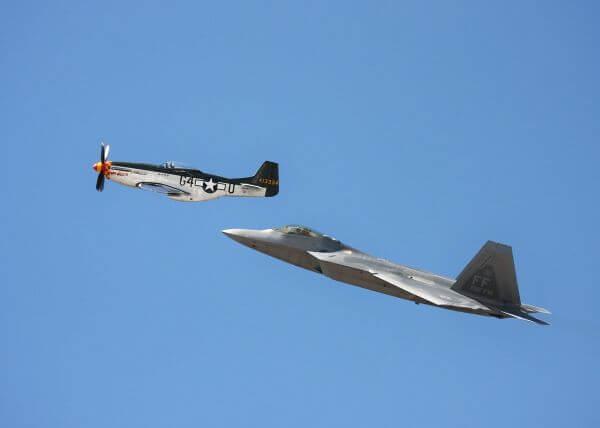 Aeroplanes photo