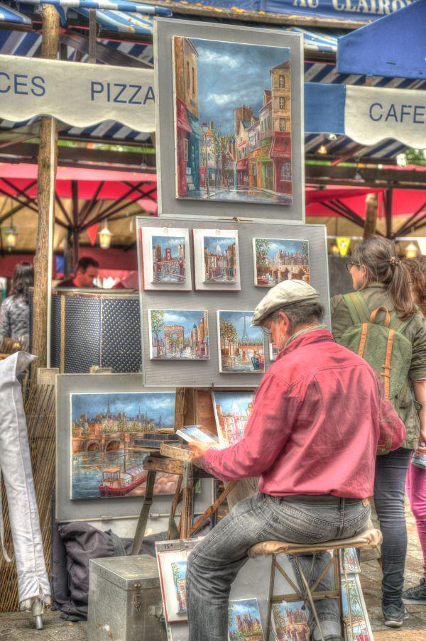 Street artist in Paris photo