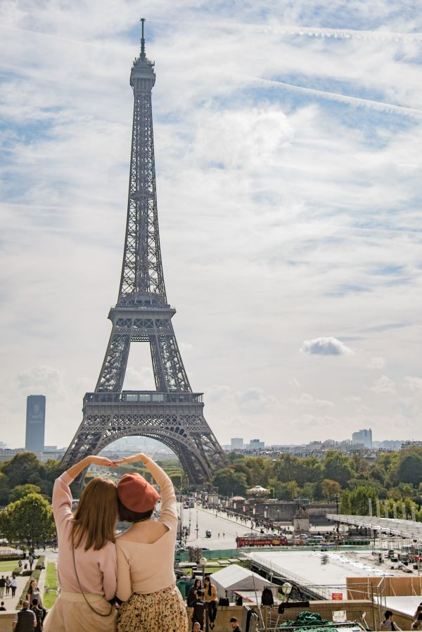 Eiffel tower photo