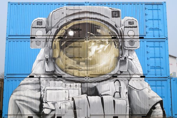 Astronaut Graffiti photo