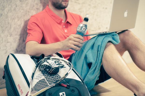 Man Squash Tennis MacBook photo