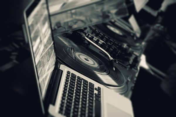 Black Vinyl Turntable White Laptop photo