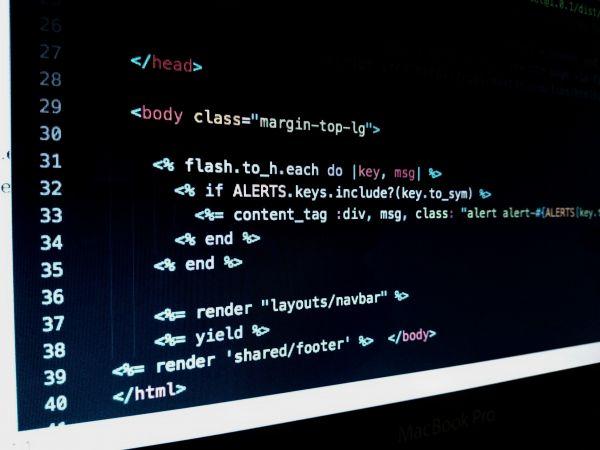 HTML Body Dark Code photo