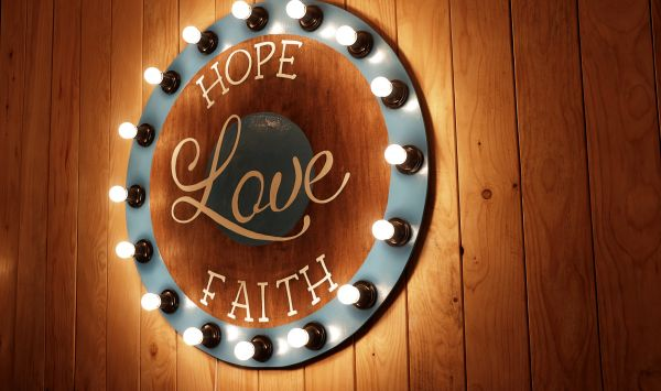 Hope Love Faith Sign Wood Light photo