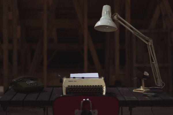 Retro Typewriter Phone Light photo