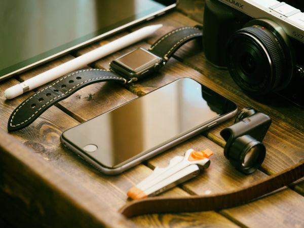 Leica Camera Apple Watch iPhone photo