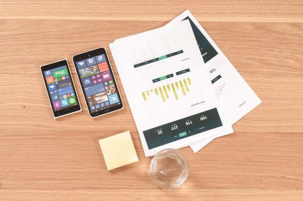 Windows Phone & Paper Charts photo