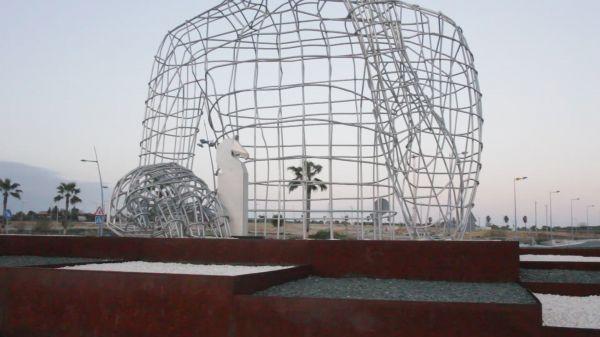 Sculpture  art  urban video