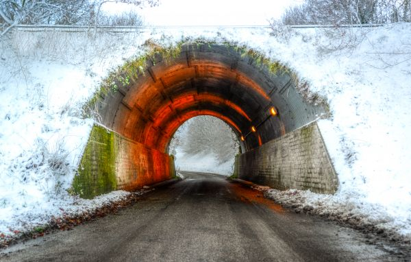 Winter tunnel photo