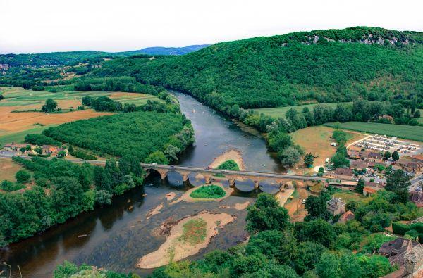 Dordogne river photo