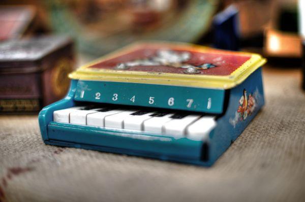 Little piano photo